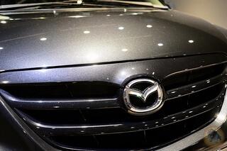 新莊鍍膜-技術超狂-誠美手作車體美容-12年老車超強進化-MAZDA MPV